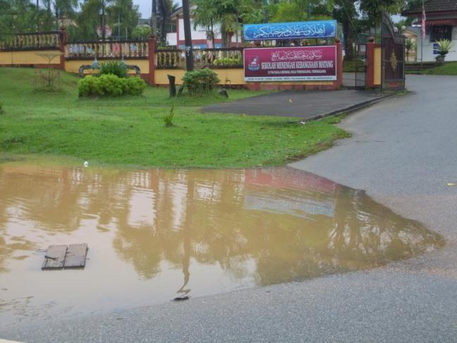 Banjir..